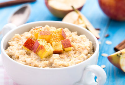 9 Terrific Toppings to Make Oatmeal Special