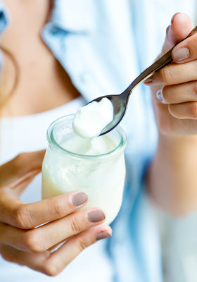 Fat Free Yoghurt May Make You Crave Carbs