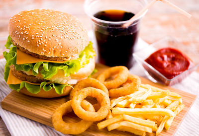 Eating Processed Foods Kills Healthy Bacteria
