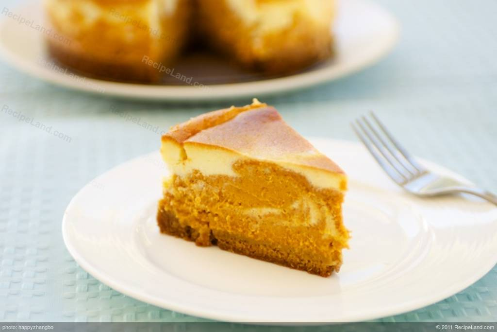 Kahlua Marbled Pumpkin Cheesecake Recipe