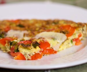 Red Pepper, Green Onions and Cheddar Cheese Frittata