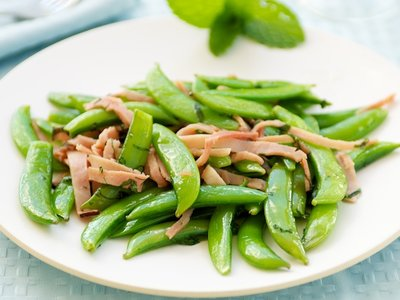 Sugar Snap Peas with Mint and Ham