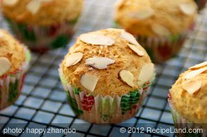 Ricotta Lemon Cupcakes with Almond