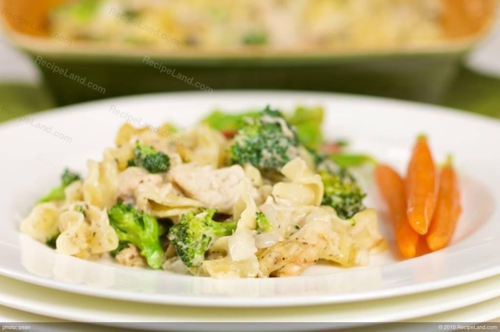 Broccoli, Chicken and Noodle Casserole Recipe