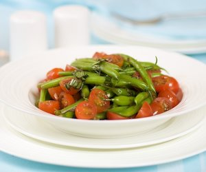Green Bean and Tomato Salad with Basil Vinaigrette