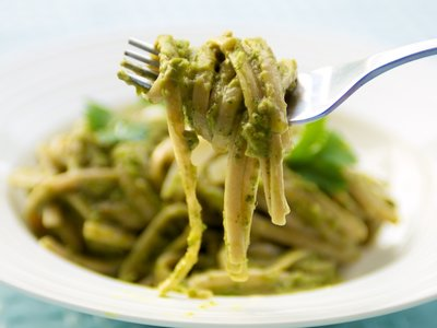 Pasta with Creamy Avocado Pesto