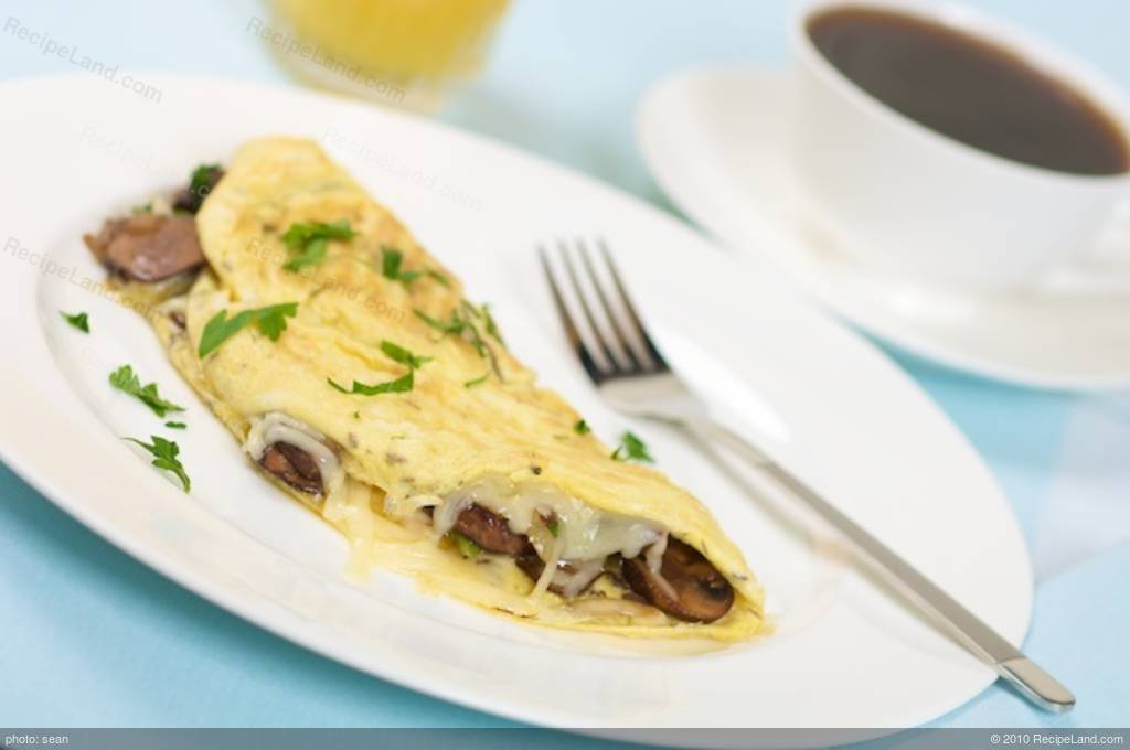 Breakfast Mushroom and Cheese Omelette Recipe
