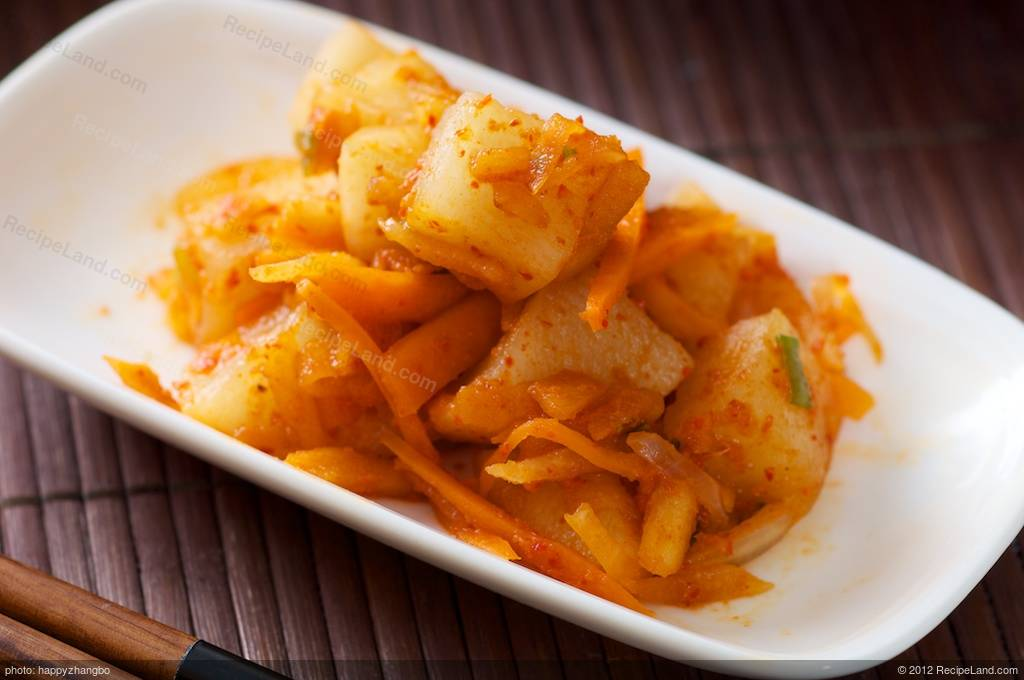 Korean daikon kimchi recipe recipeland korean daikon kimchi forumfinder Image collections