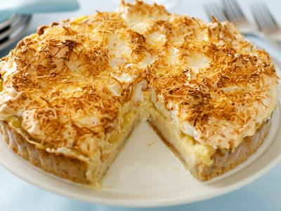 Ed Debevic's Coconut Cream Pie