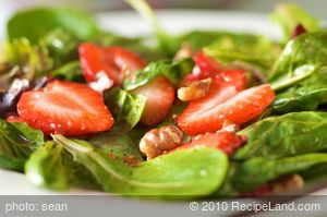 Baby Spinach and Strawberry Salad with Maple Dressing