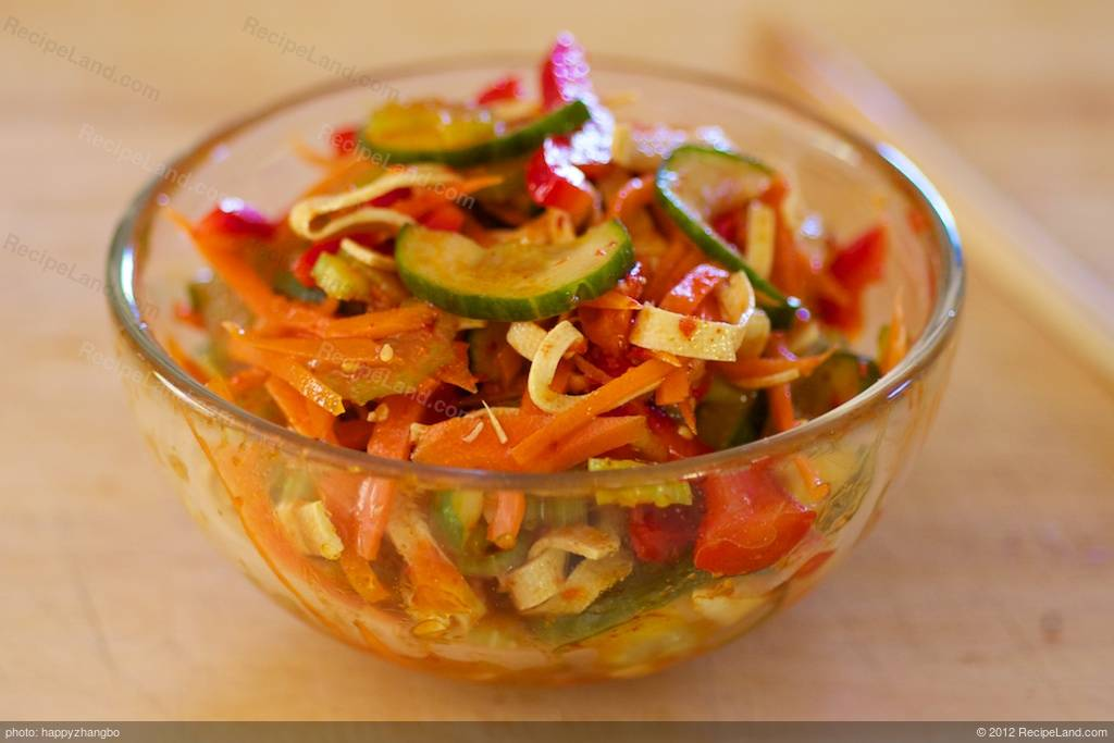 Korean Sweet Sour Cucumber Salad Recipe