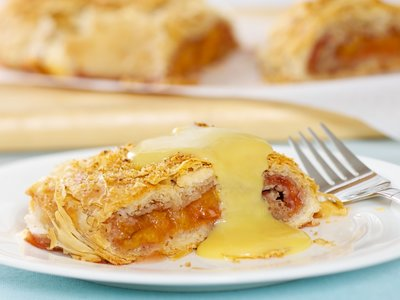Peach Strudel with Vanilla Sauce