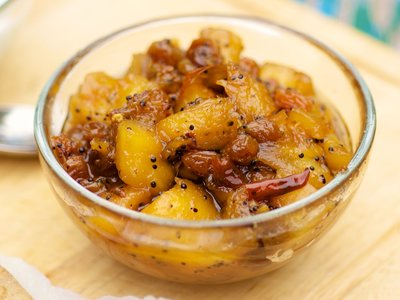 Aam Chutney (Pineapple-Chile Chutney)