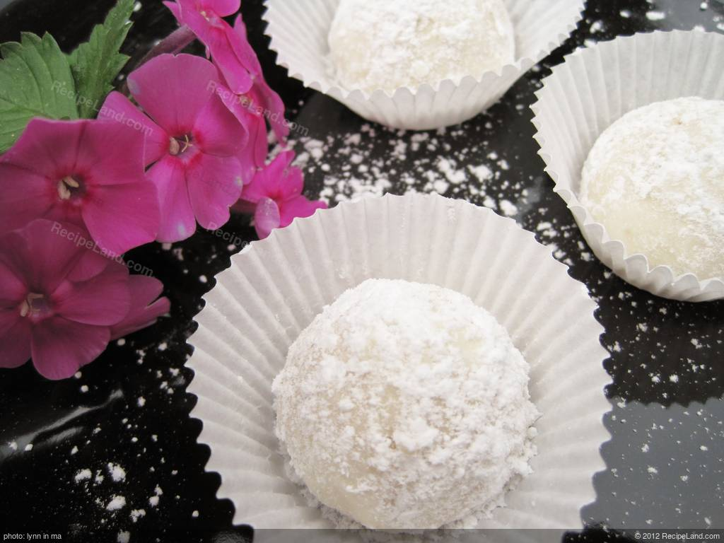 Russian Tea Cakes/Mexican Wedding Cookies Recipe