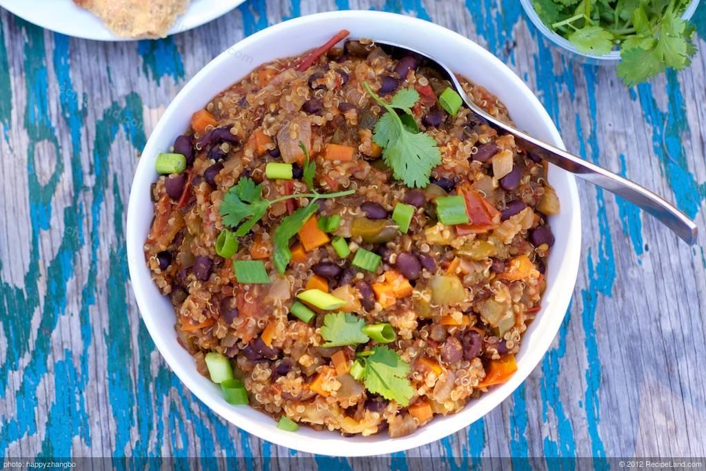 Black Bean and Quinoa Chili Recipe