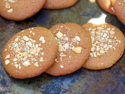 Chewy Peanut Butter Cookies (Healthier Version)