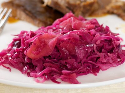 Suss-Saures Rotkraut (Sweet-And-Sour Red Cabbage)