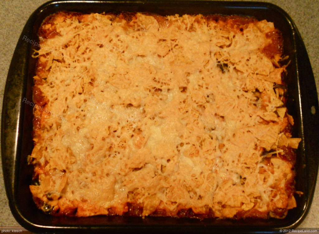 Saucy Mexican Chicken and Black Bean Casserole Recipe