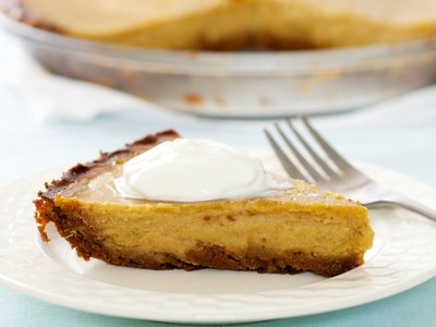 Pumpkin Pie with Gingersnap Crust