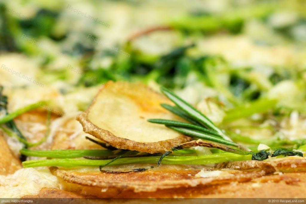 Broccoli Rabe, Potato and Rosemary Pizza Recipe