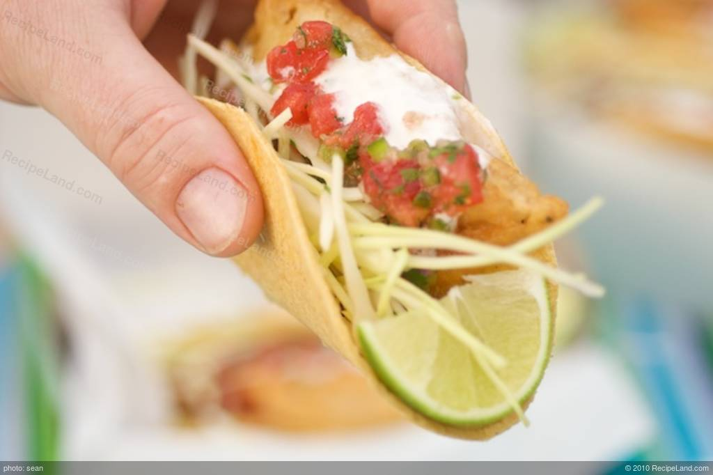 Rubio's Fish Tacos Recipe | RecipeLand.com