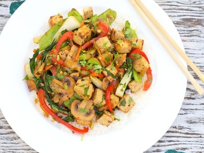 Tofu and Vegetables Stir-Fry