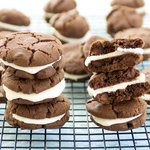 Chocolate Sandwich Cookies with Peppermint Cream