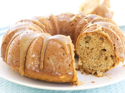 Whole Wheat Fresh Apple and Apple Sauce Cake