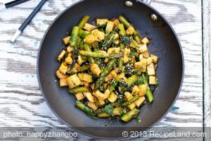 Asian Asparagus and Tofu Stir-Fry