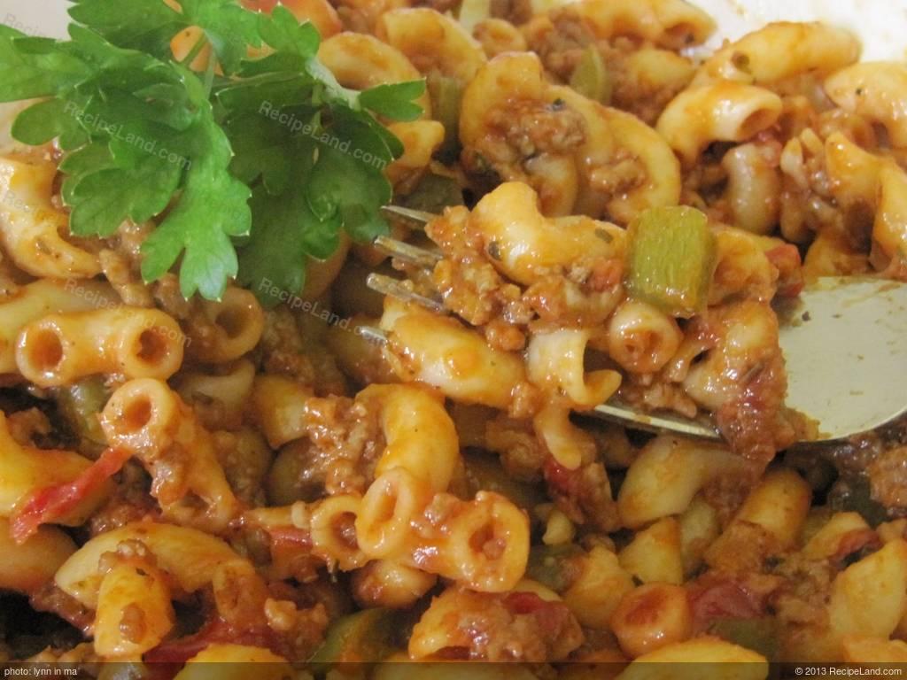 American chop suey recipe recipeland american chop suey forumfinder Images