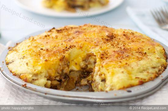 New Potato, Fennel, Onion and Mushroom Pie with Mozzarella Recipe