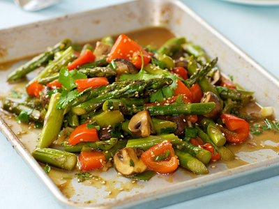Garlic, Ginger and Soy Roasted Asparagus, Mushroom and Sweet Bell Pepper
