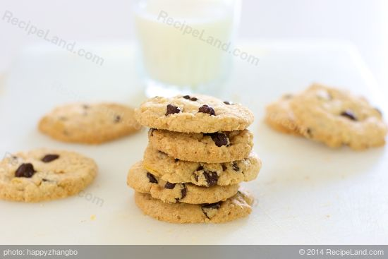 Chicago Crunchy Chocolate Chip Cookies