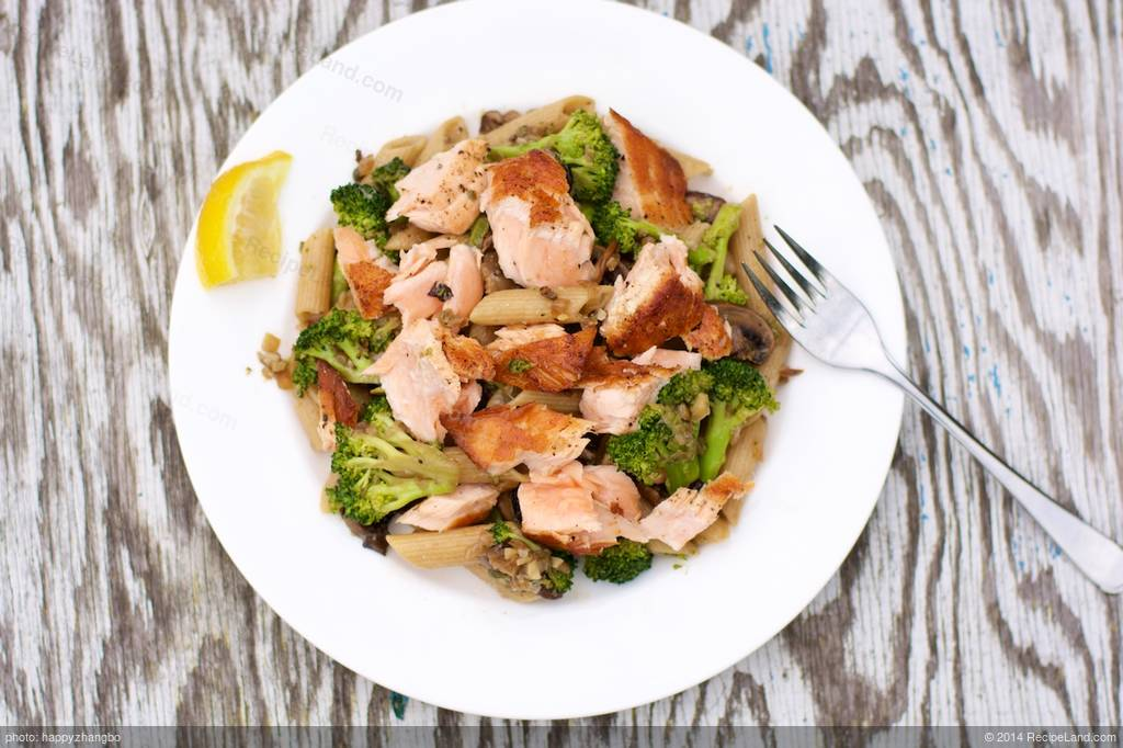 Pasta Salmon Broccoli And Mushroom Pasta