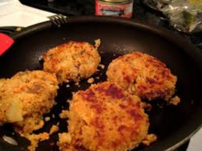 Always Yummy Salmon Cakes