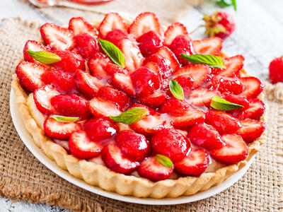 Strawberry and Cream Cheese Tart with Strawberry Jam Glaze