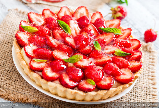 Strawberry and cream cheese tart with strawberry jam glaze for Easy jam tarts ready made pastry