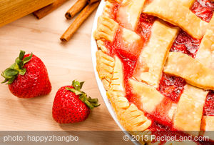Fresh Strawberry-Rhubarb Pie