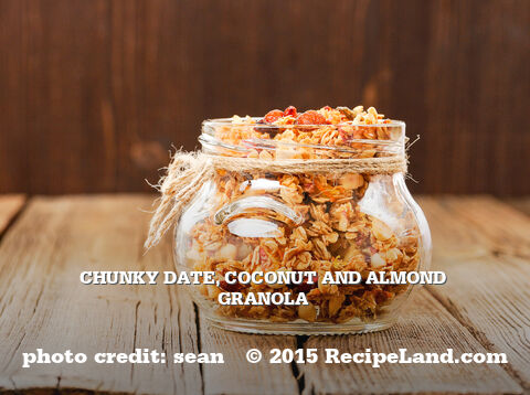Chunky Date, Coconut and Almond Granola