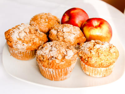 Curly Maple's Applesauce Muffins