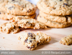 Apple Honey Oatmeal Cookies