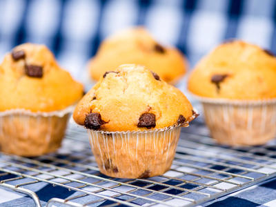 Low-Fat Nilla-Nana Chocolate Chip Muffins