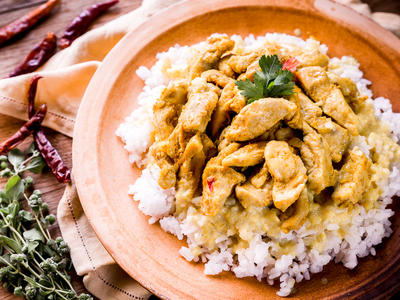 Yogurt-Curry Chicken