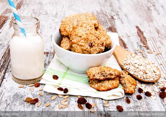 Cardamom Oatmeal Raisin Cookies Recipe