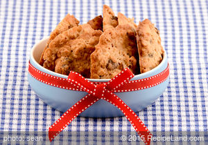 Fat Free Whole Wheat Oatmeal Raisin Cookies