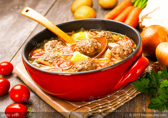 Dutch Vegetable Soup with Meatballs Recipe