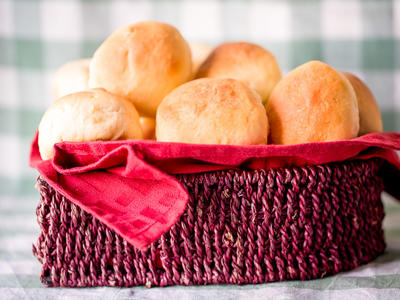 Holiday Dinner Rolls