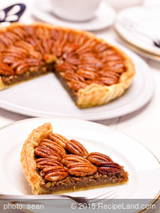 Best Honey Crunch Pecan Pie
