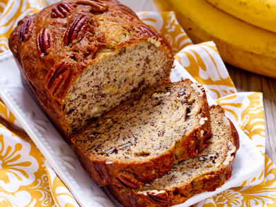 Mom's Banana Wheat Walnut Bread - ABM