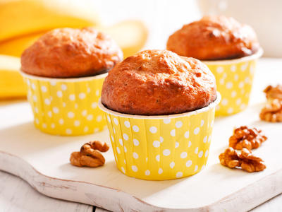 Banana Whole Wheat Walnut Muffins